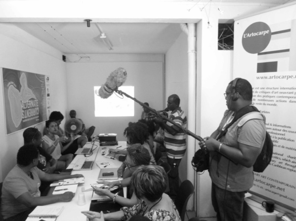 Réservez votre atelier et votre séance d'analyse de portfolio avec L'Artocarpe!
