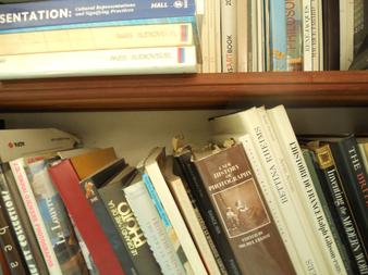 Bibliothèque de L'Artocarpe - Arto Library