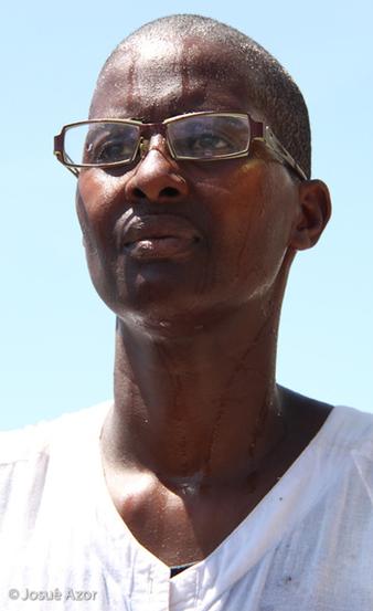 Performance de l'artiste guadeloupéenne à Port-au-Prince, Haïti. Juin 2009. Photo: Josué Azor
