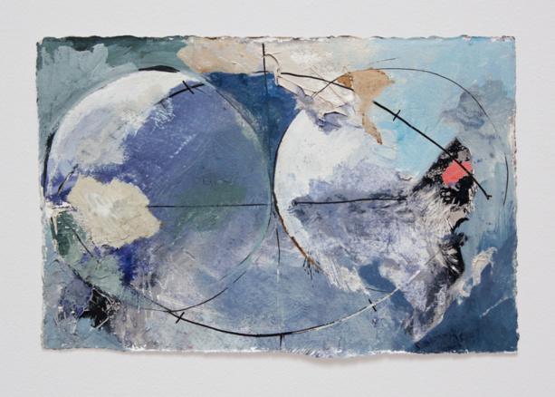 Photo:  © Juliette Dumas - Deux globes Argile et pigments sur papier, 2016