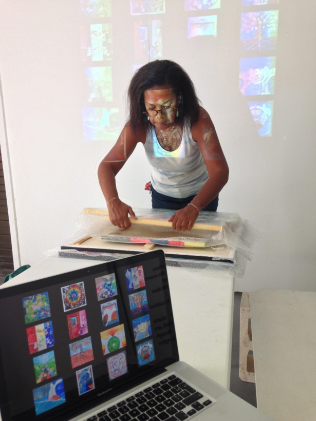 Nathalie est revenue à l'atelier Portfolio Review, tellement elle était satisfaite des informations reçues!