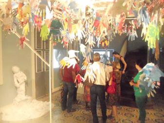 Visite de l'exposition avec les organisateurs