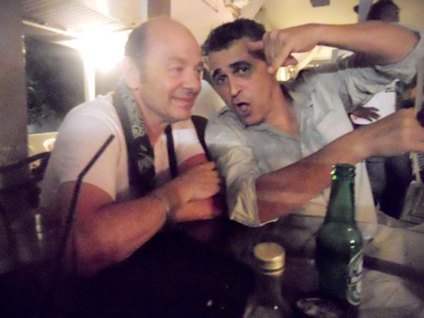 (A gauche) Serge Garnier (saxophoniste - Paris) à L'Artocarpe  en Juillet 2013 a retrouvé ses amis Guadeloupéens dont Philippe D'huy (guitariste), qui nous a quittés en 2014.