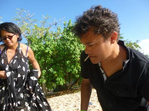 Nathalie Muchamad et Jean-François Boclé se sont rencontrés à L'Artocarpe Paris il y a quelques années. Depuis ils poursuivent des échanges réguliers et des collaborations artistiques. Membres de L'Artocarpe ils se retrouvent ensemble en Guadeloupe 2017.