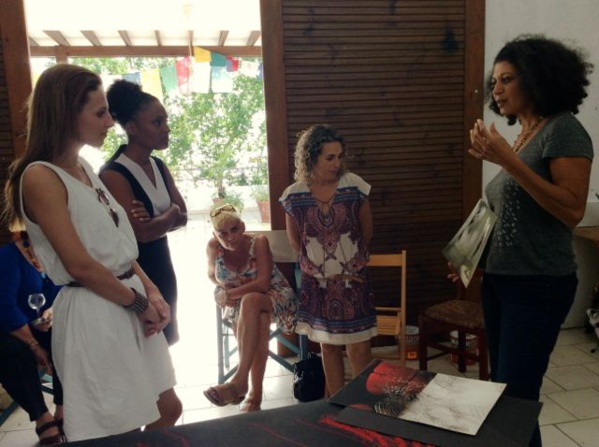 Lana exchanging with Martinique member Julie Bessard in her studio