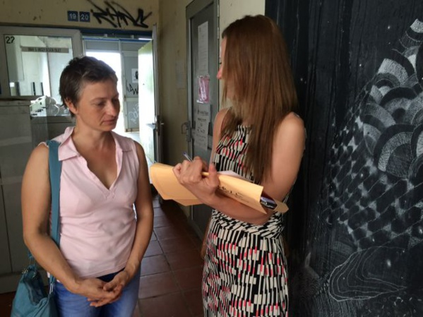 Lana meeting a student, compatriot from Russa at the art school of Martinique.